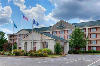 ‪Country Inns & Suites Fredericksburg South‬
