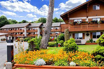 Photo of BEST WESTERN PLUS Austrian Chalet Campbell River