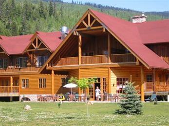 Glacier House Resort