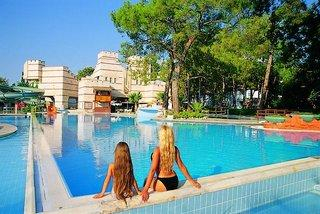 Kemer Holiday Village