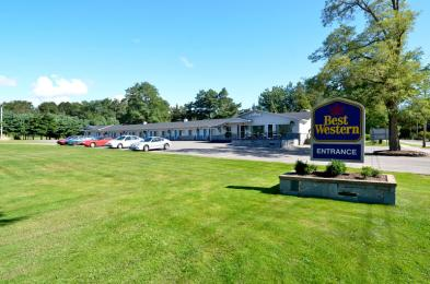 Photo of Best Western Aurora Inn Kingston