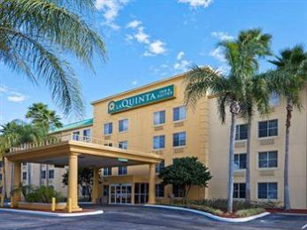 Photo of La Quinta Inn &amp; Suites Lakeland East