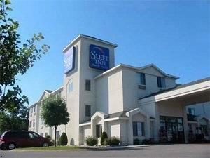 ‪Sleep Inn , Inn & Suites‬