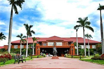 Fort Ilocandia Resort and Casino