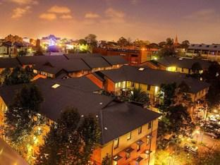 Photo of Sydney University Village