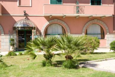 Photo of Hotel Villa delle Rose Oristano