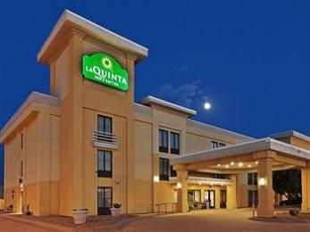 La Quinta Inn & Suites Salina