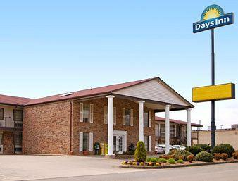 ‪Days Inn Blue Ridge‬