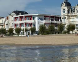 Photo of Hotel Le Trident Thyrse Royan