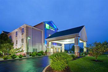 ‪Holiday Inn Express Martinsburg North‬