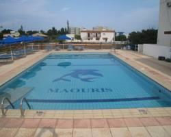 Maouris Apartments