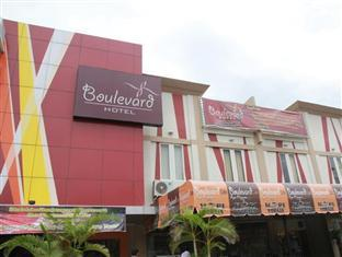 Photo of Boulevard Hotel Makassar