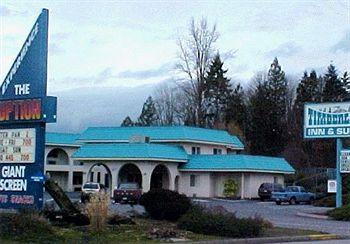 Timberland Inn & Suites