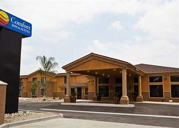 ‪Comfort Inn & Suites Colton‬