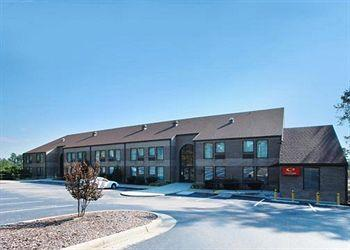 Econo Lodge & Suites South