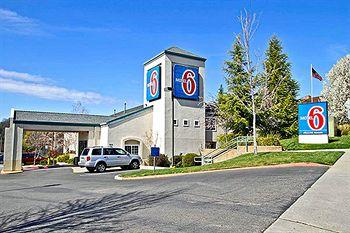 Motel 6 Auburn