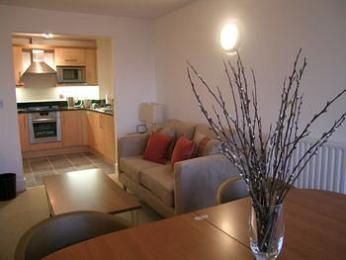 Clarendon Serviced Apartments - Canary Central