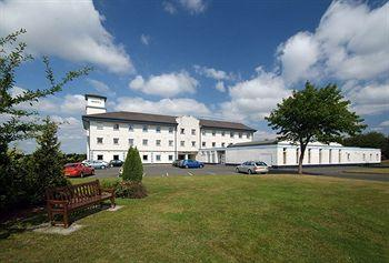 Photo of Cairn Hotel Bathgate