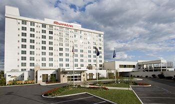 Sheraton Louisville Riverside Hotel