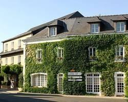Photo of Hotel Restaurant l&#39;Ermitage Saulges