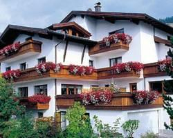 Photo of Hotel Garni Elfriede Serfaus