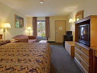 Photo of Baymont  Inn & Suites Oxford