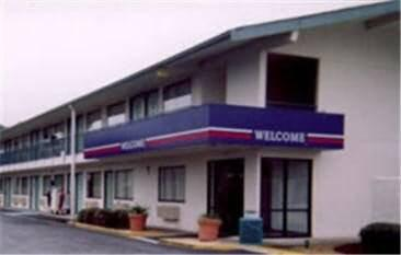Motel 6 Lumberton