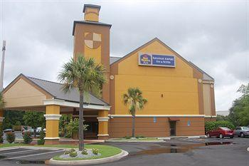 ‪BEST WESTERN PLUS Savannah Airport Inn & Suites‬