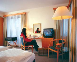 Photo of Royal Inn Leonardo Hotel Dresden