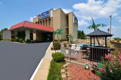 Photo of BEST WESTERN Oasis Inn & Suites Joplin