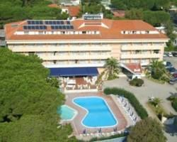 Photo of Park Hotel Baia Domizia