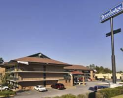 Travelodge Macon North