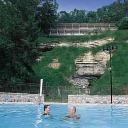 Natural Bridge State Resort Cottages