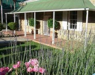 Photo of Yamkela Guest House Oudtshoorn