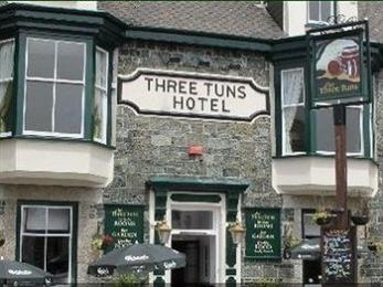The Three Tuns Hotel