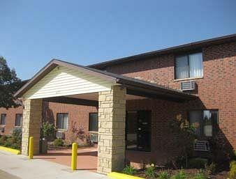 Baymont Inn & Suites Eau Claire, WI