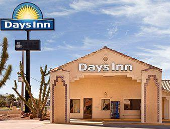 ‪Days Inn West‬