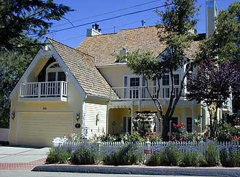 Rose Gables Bed and Breakfast