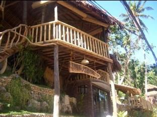 Tree House Beach Resort