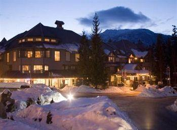 ‪Glacier Lodge & Suites Managed By ResortQuest Whistler‬