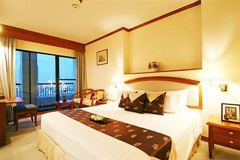 Photo of Grand Diamond Suites Hotel Bangkok