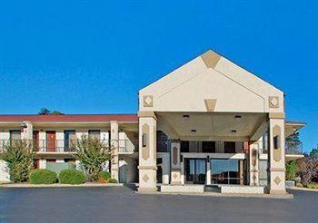 Photo of Quality Inn Reidsville