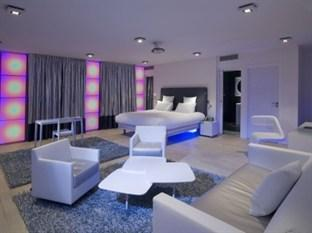 Photo of Kube Hotel-St Tropez Gassin