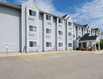 Photo of Microtel Inn & Suites Owatonna