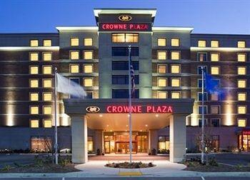 ‪Crowne Plaza Milwaukee Wauwatosa Hotel‬