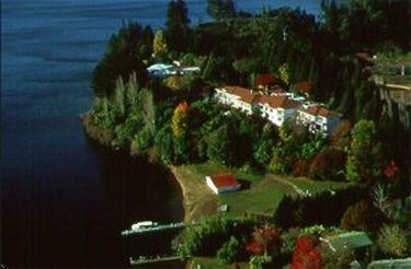 Moose Lodge &amp; Golf Resort