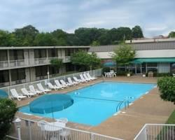 ‪Columbus Inn & Suites‬