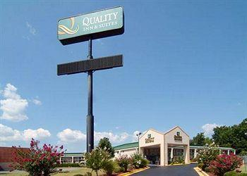 Photo of Quality Inn & Suites Macon