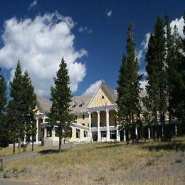 Photo of Lake Yellowstone Hotel and Cabins Yellowstone National Park