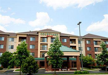 Photo of Courtyard by Marriott Chicago Bloomingdale